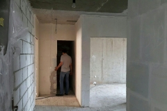 Ремонт холла в 2-комнатной квартире 12